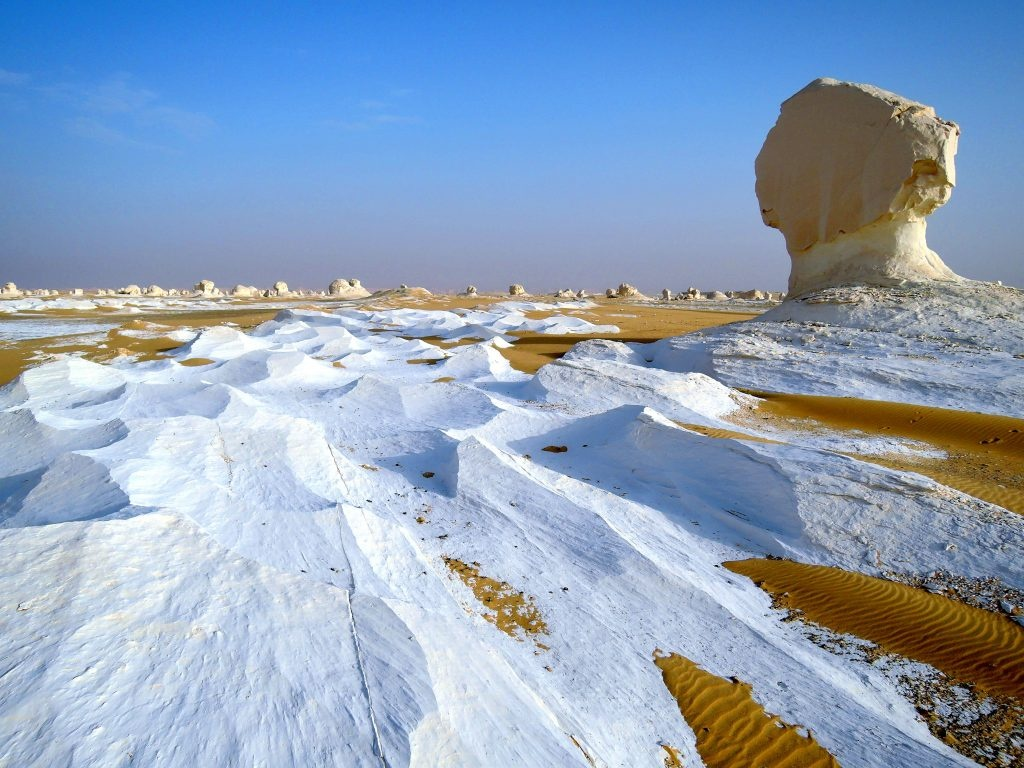 3 days tour to the white desert and Djara Cave from Cairo