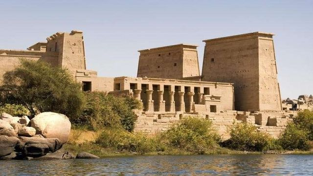 Aswan Airport Transfers To Luxor Hotels