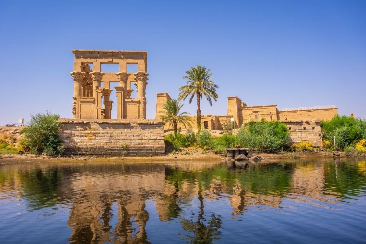 luxor aswan and abu simble Three days tour from El Gouna