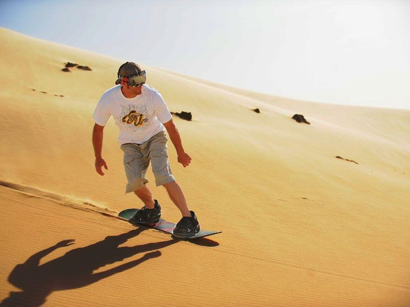 Sandboard in Siwa