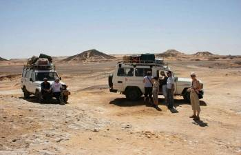 El Gouna Desert Safari Trip by jeep