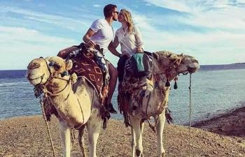 camel riding Portghalib day tour
